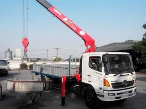 Xe tải cẩu Hino 8 tấn FG