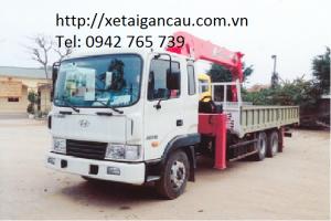 Xe tải cẩu Hyundai HD210 gắn cẩu 8 tấn