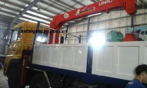 Xe tải cẩu Dongfeng C230 thumbnail