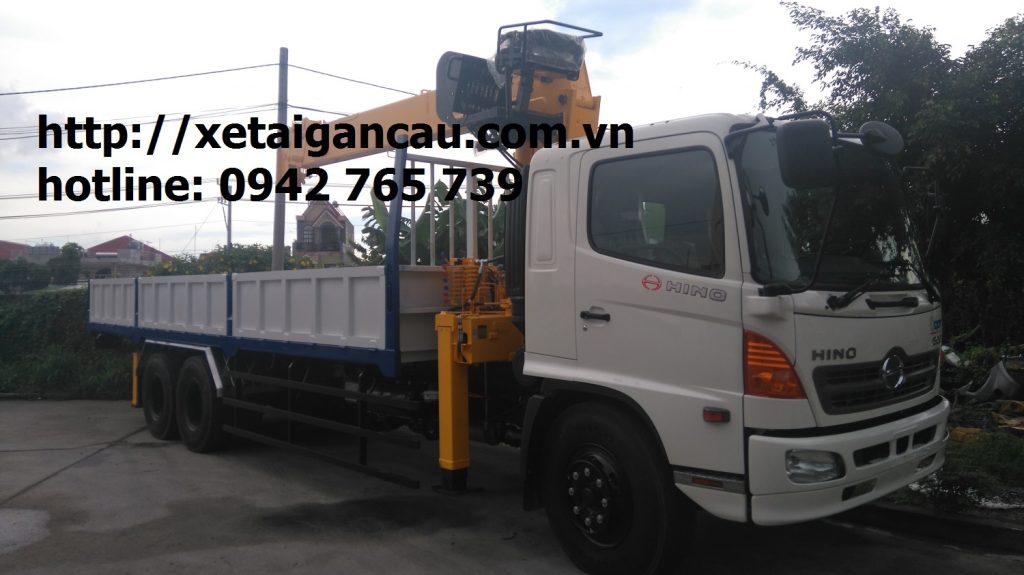 Xe tải hino FL gắn cẩu Soosan 7 tấn post image