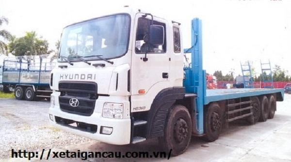 Xe chở máy công trình Hyundai HD360 post image